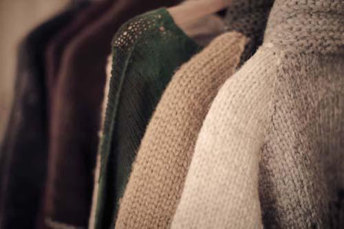 Vải len nên được giặt tay để giữ chúng bền lâu