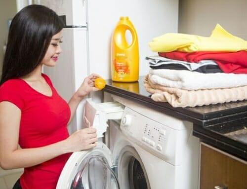Hư hại máy giặt vì dùng nước xả vải sai sách